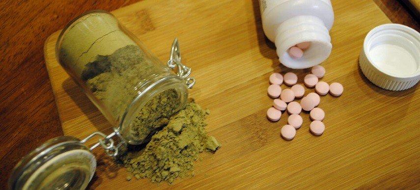 Kratom Use for Opiate Withdrawal